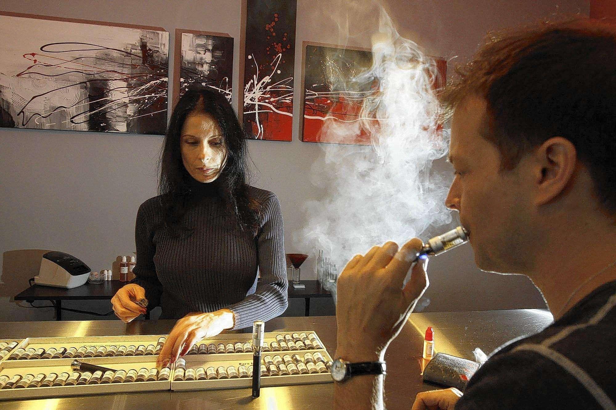 la-1783265-me-0224-ecigarettes-1-gf-jpg-20140304